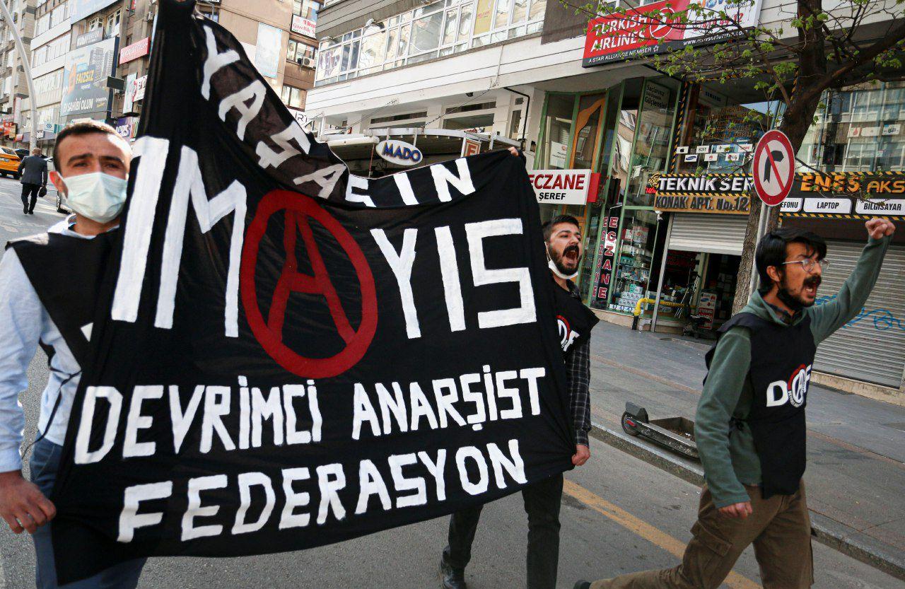 Kızılay Meydanı'na Yürüyoruz : Yaşasın 1 Mayıs