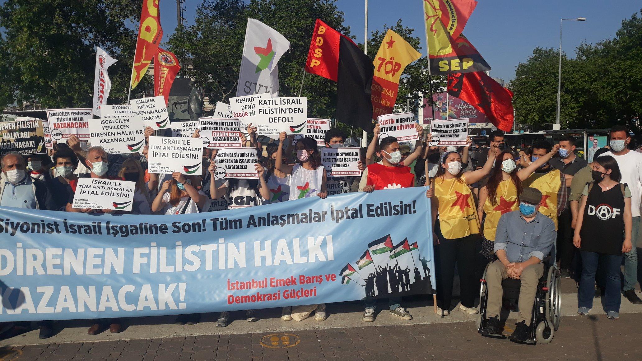 İsrail'in Filistin'e Yönelik Saldırılarına Karşı Kadıköy İskele Meydanı'nda Eylemdeydik