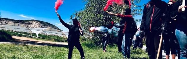 Yunanistan'da Anarşistler Savaşa Karşı Eylemde