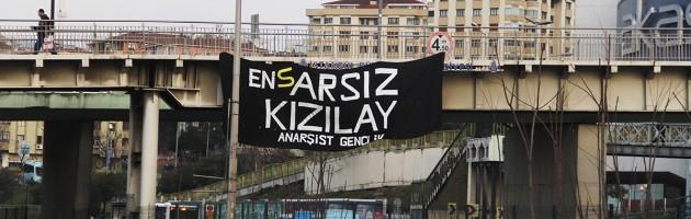 """""""En(S)ARSIZ KIZILAY"""" Pankartımızı Sallandırdık"""